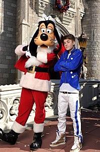 Justin Bieber Tapes Disney Parks Christmas Day Parade TV Special
