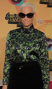 Soul Train Awards 2011 - Arrivals