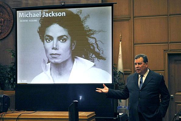 Closing Arguments Begin In AEG-Jackson Trial