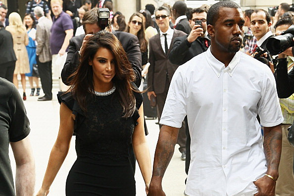 Kanye West asks Kim to marry him